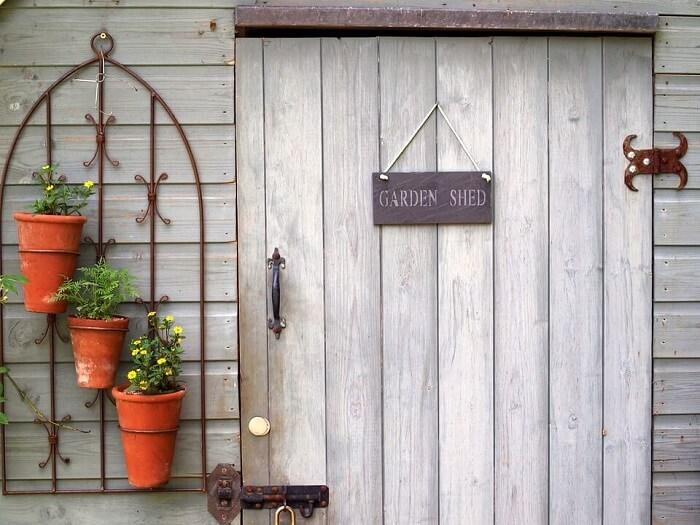 Сива градинска врата