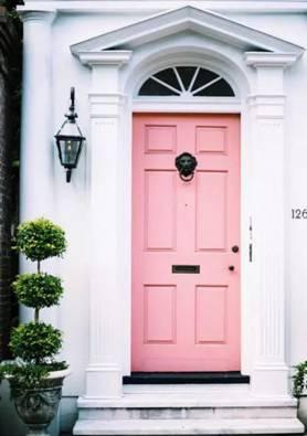 Розова входна врата